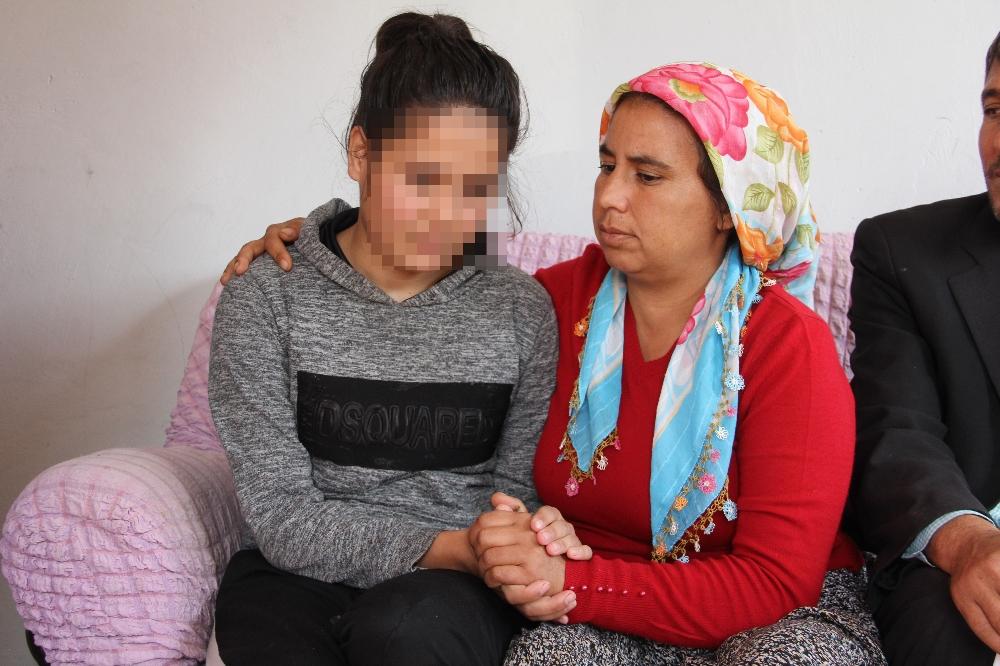 15 Yaşındaki Kız Çocuğuna Dehşeti Yaşattılar