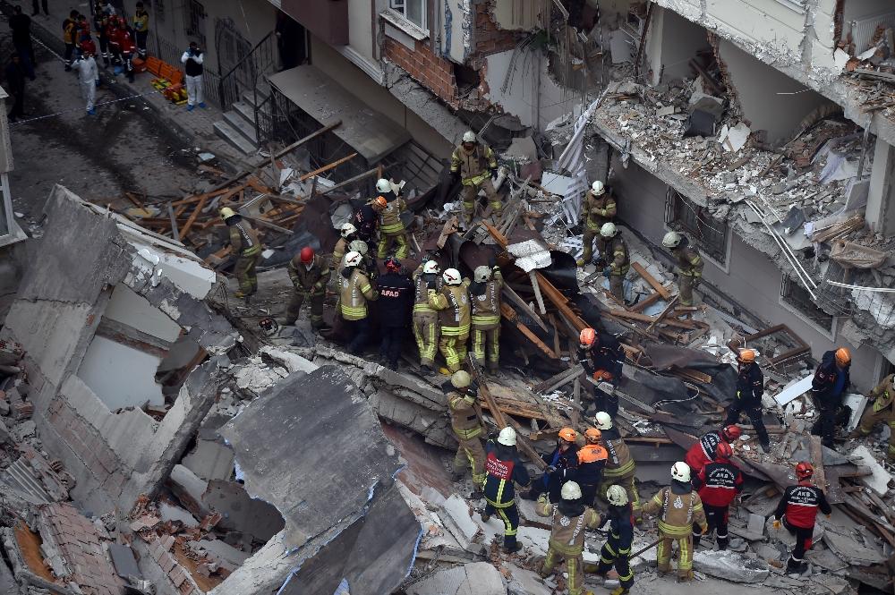 5 bina tedbir amaçlı boşaltıldı