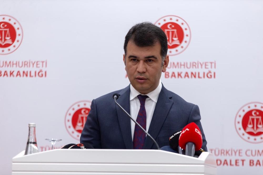 Adalet Bakanlığı Sözcüsü Çekinden Ceren Özdemir Cinayeti Açıklaması