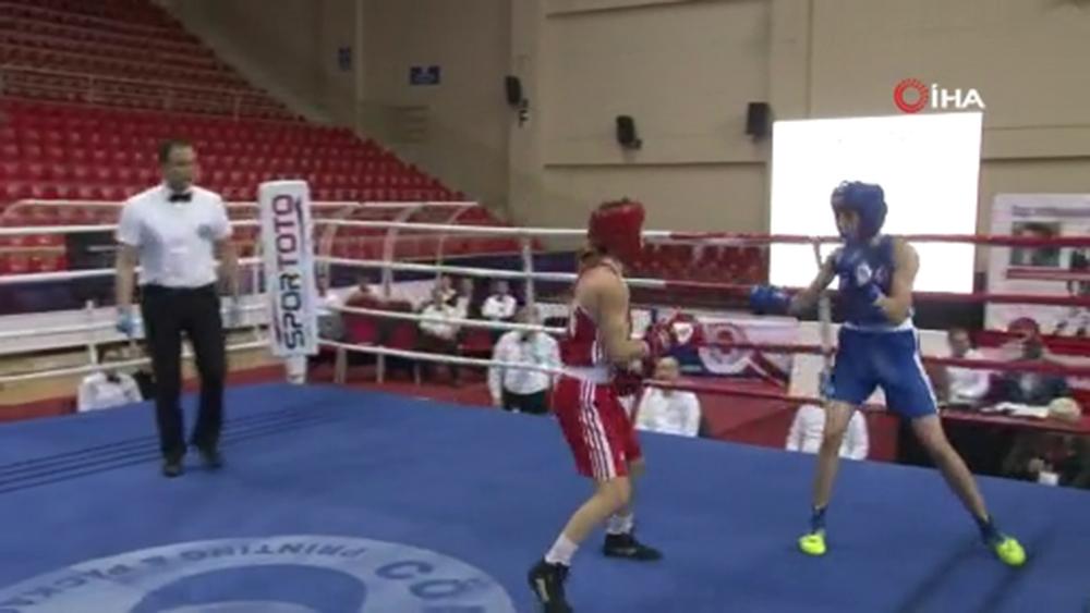 Ahmet Cömert Boks Turnuvası'nda yarı final