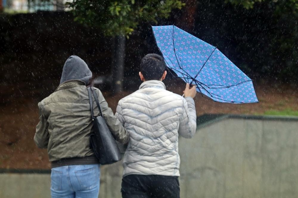 Ankara Valiliğinden kuvvetli fırtına uyarısı