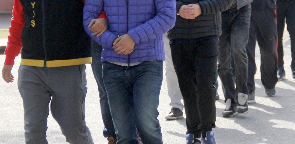 Antalya'da FETÖ/PDY operasyonu: 6 gözaltı