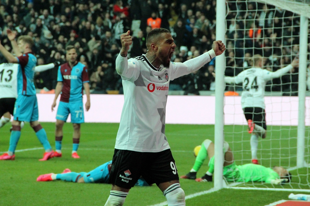 Beşiktaş'ta yabancı futbolcular hem rahat hem sıkıntılı!
