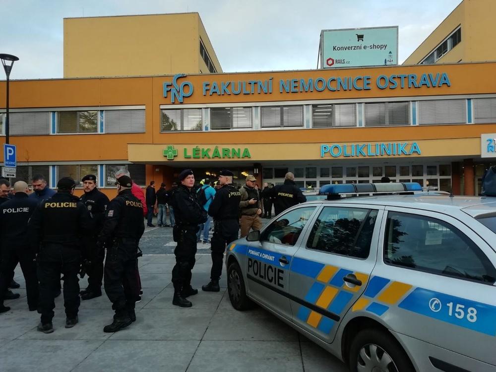 Çekyada Hastanede Silahlı Saldırı: 4 Ölü, 2 Yaralı