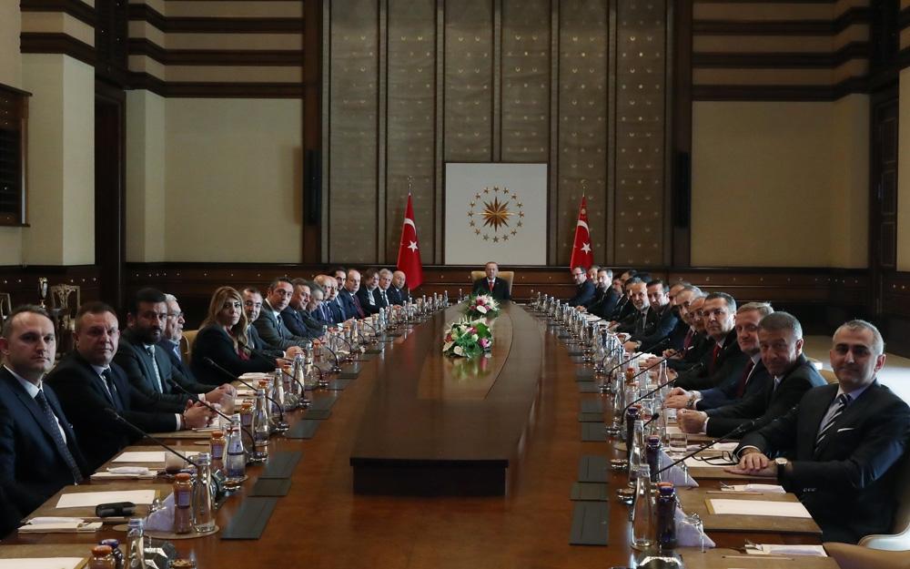 Cumhurbaşkanı Recep Tayyip Erdoğan, TFF ve Kulüpler Birliği'ni kabul etti