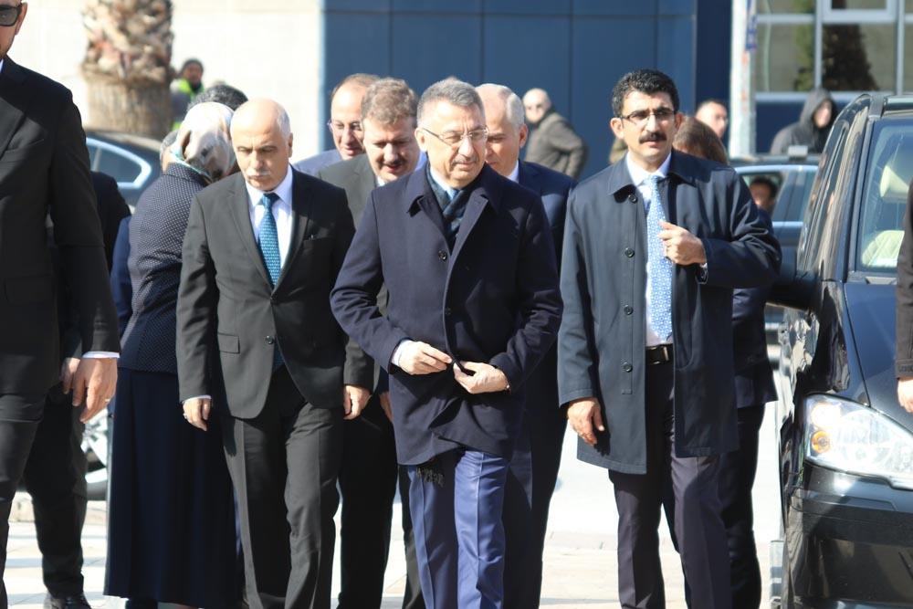 Cumhurbaşkanı Yardımcısı Fuat Oktay Denizli'de
