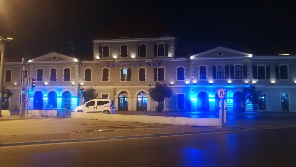 Deprem İzmirde De Hissedildi