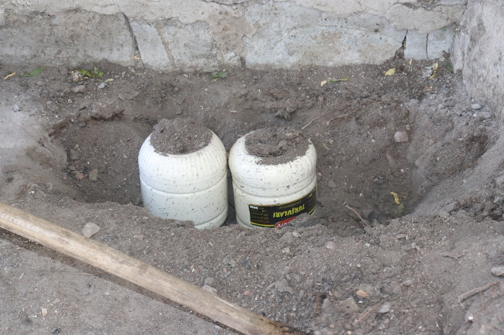 Doğal yollarla üretilen peynirler kışın tüketilmek üzere toprağa gömülüyor