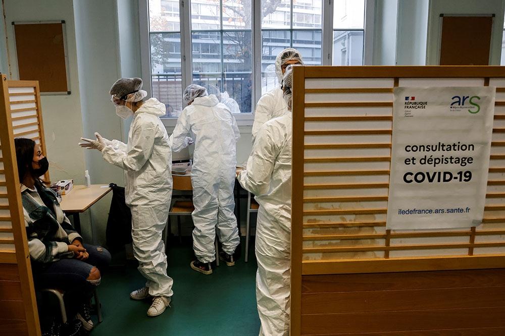 Fransa'da son 24 saatte korona virüs 313 kişi hayatını kaybetti
