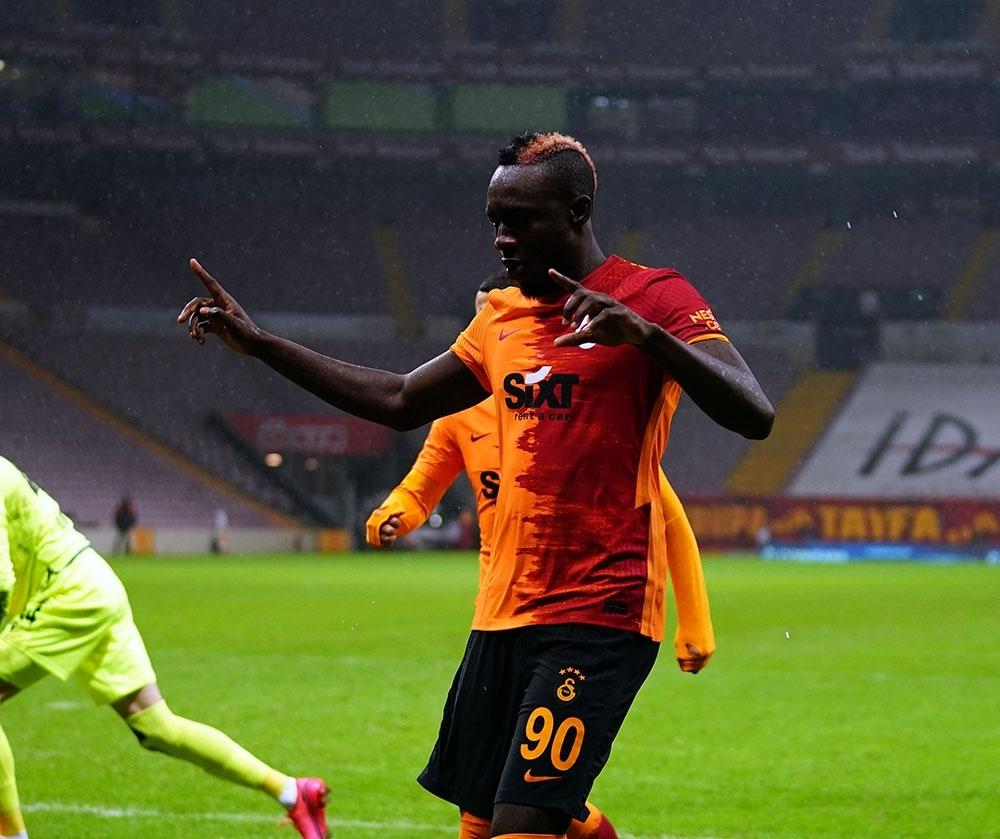 Galatasaray'da Diagne, Gaziantep FK maçının kadrosuna alınmadı
