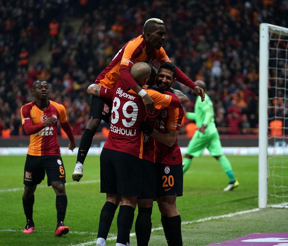 Galatasaray'da hedef galibiyet ve kötü istatistiği bitirmek