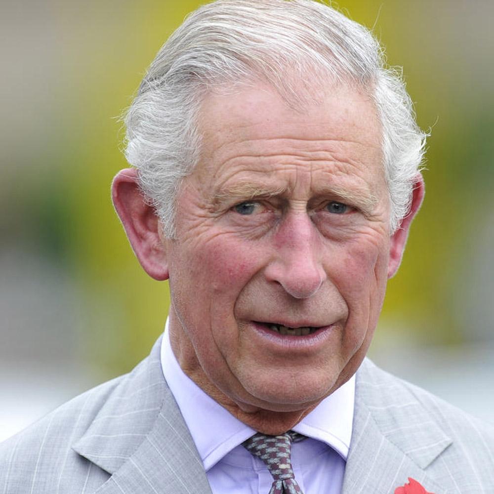 Galler Prensi Charles, korona virüs karantinasından çıktı