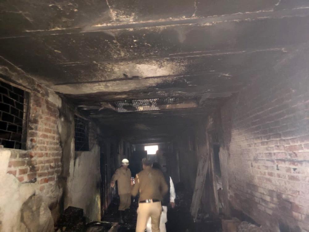 Hindistanda Fabrikada Yangın: 43 Ölü