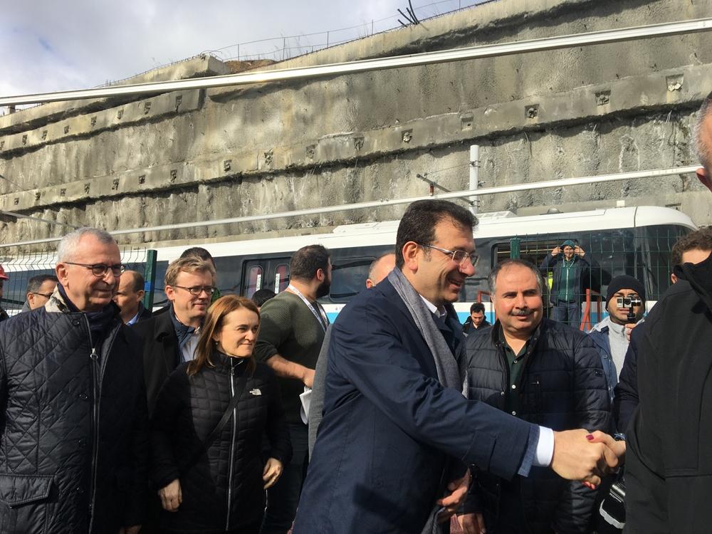 İBB Başkanı İmamoğlu, o metro hatının hizmete gireceği tarihi açıkladı
