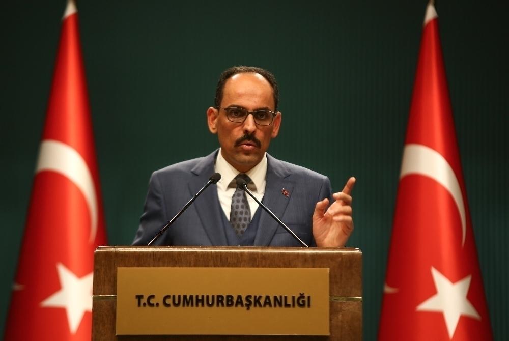 """İbrahim Kalın: """"Ayasofya'nın camiye çevrilmesi kültürel mirasını ortadan kaldırmaz"""""""