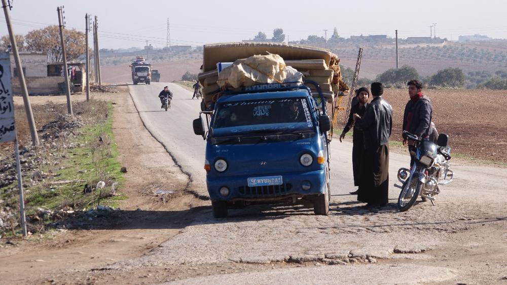 İdlibden Kaçan Sivillerin Hayatta Kalma Çabası