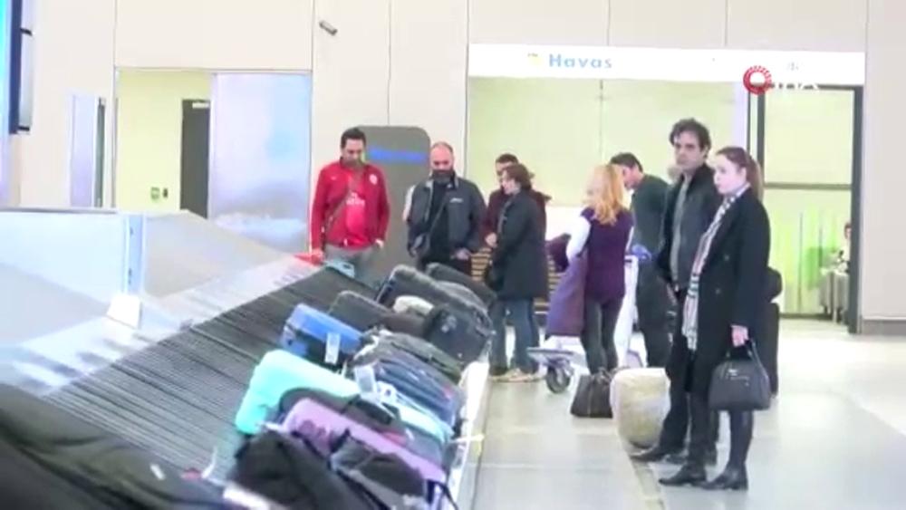 İran'dan son uçak İstanbul Havalimanı'na geldi