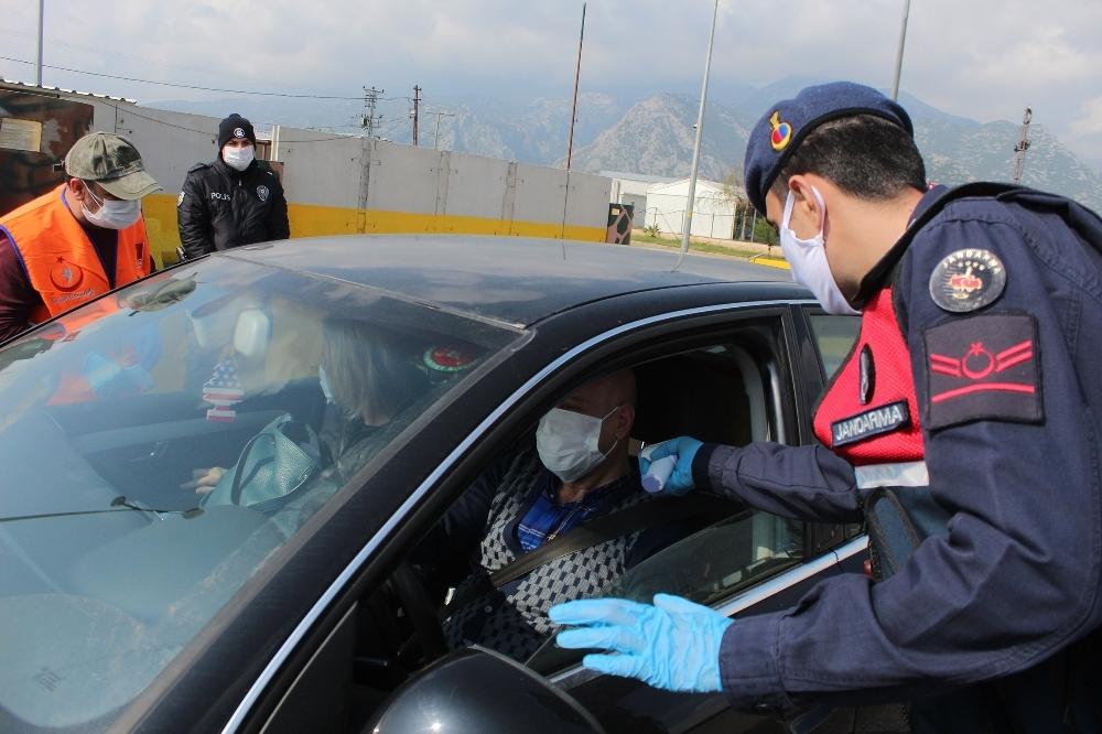 İstanbul'da son 24 saatte korona virüs tedbirlerini ihlal 91 kişiye ceza uygulandı