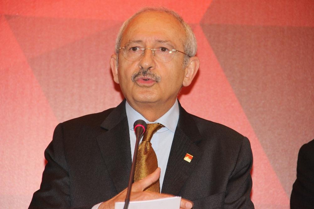 Kılıçdaroğlu belediye başkanlarıyla görüntülü COVID-19 toplantısı gerçekleştirdi