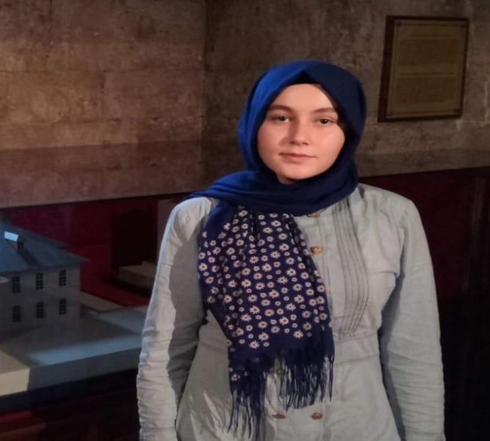 Liseli Genç Kızdan İki Gündür Haber Alınamıyor