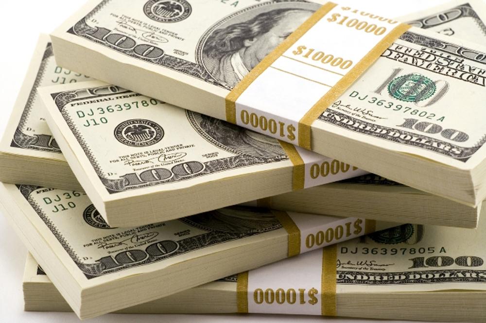 Mart ayında dolar yükselirken altında sert dalgalanmalar yaşandı