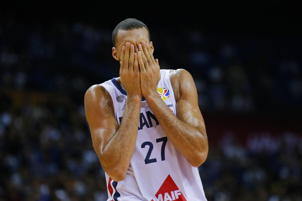 NBA maçları süresiz olarak iptal