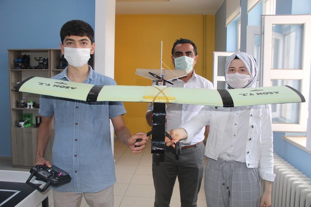 Öğrenciler, deprem sonrası yapay zeka ile hasar tespiti yapan yazılım geliştirdi