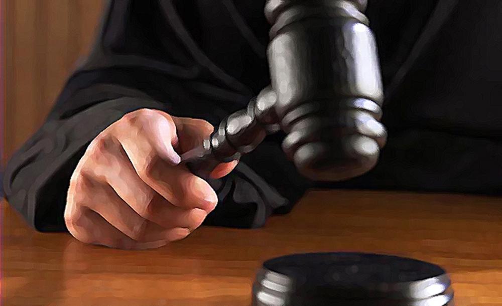 Polisin elini ısırdığı iddia edilen oyuncuya hapis cezası
