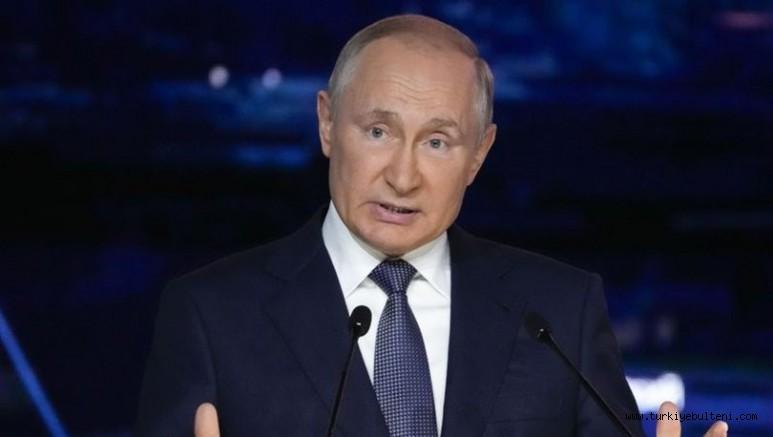 Putin koronavirüs nedeniyle karantina altına alındı!