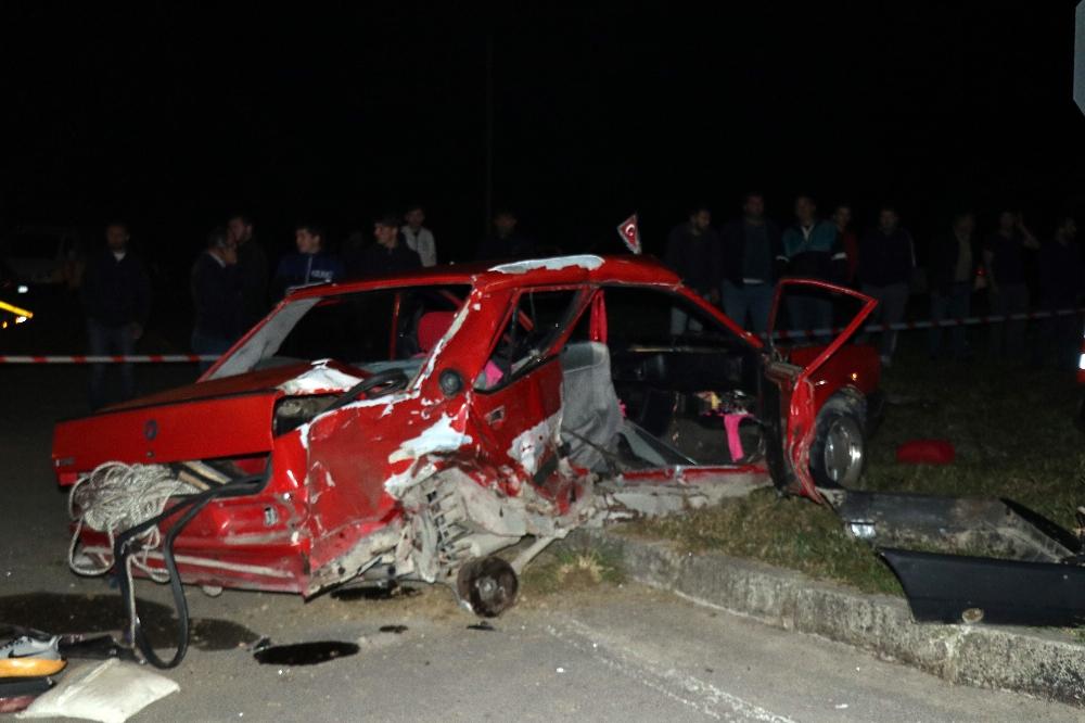 Sakaryada Feci Kaza: 1 Ölü, 4 Yaralı