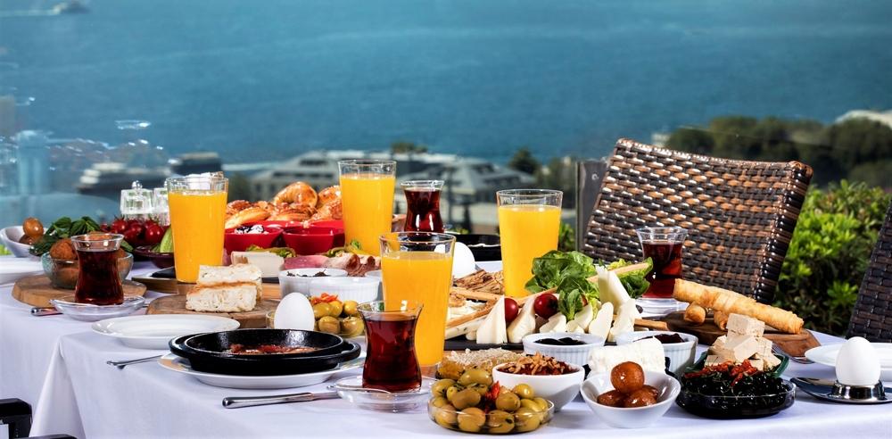 Serpme Kahvaltı İsrafı 100 Milyar Lirayı Aştı