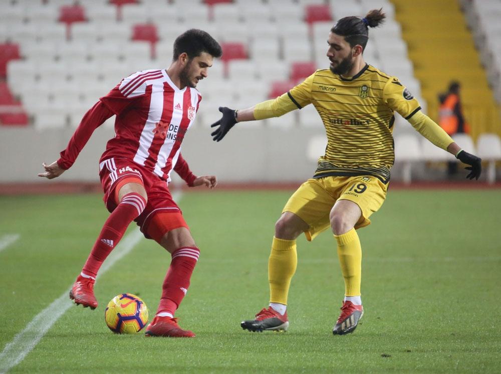 Sivasspor İle Yeni Malatyaspor 5. Randevuda
