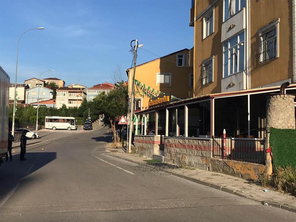 Sultanbeyli'de pompalı saldırgan dehşet saçtı: 1 ölü, 3 yaralı