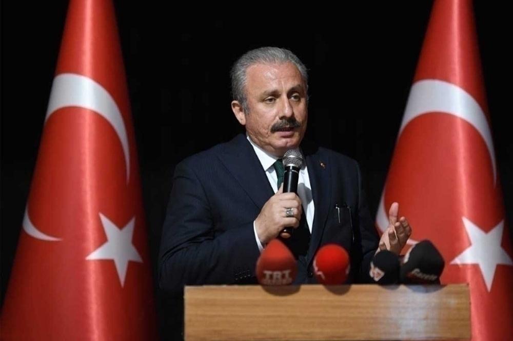 TBMM Başkanı Mustafa Şentop, Ankara Şehir Hastanesinde Covid-19 aşısı yaptırdı