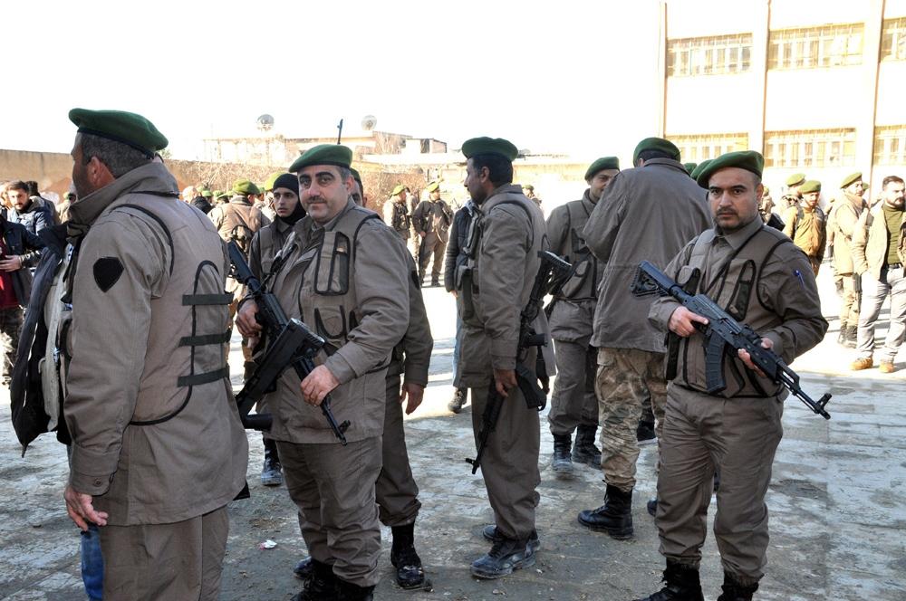 Tel Abyad'da yerel polis göreve başladı