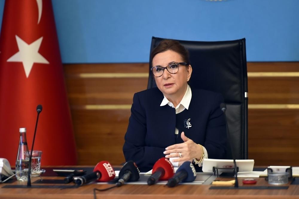 Ticaret Bakanı Pekcan ticaret müşavirleriyle video konferansla görüştü