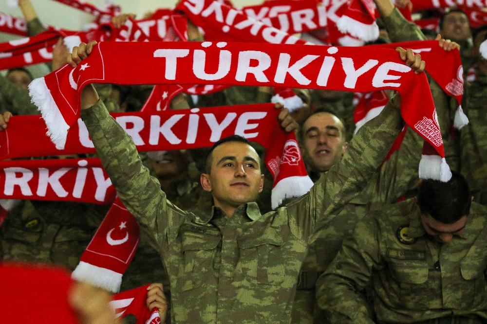 Türk Silahlı Kuvvetleri'nden Milli Takıma destek