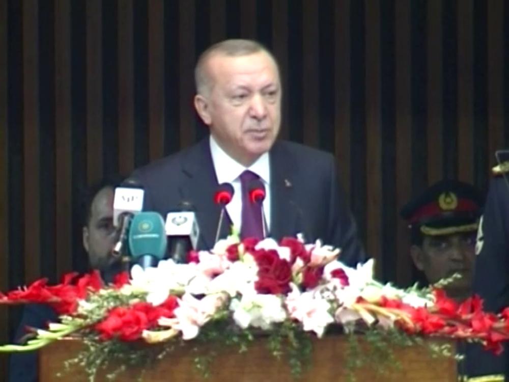 """""""Türkiye-Pakistan kardeşliği, tarihi olayların pekiştirdiği hakiki bir kardeşliktir"""""""