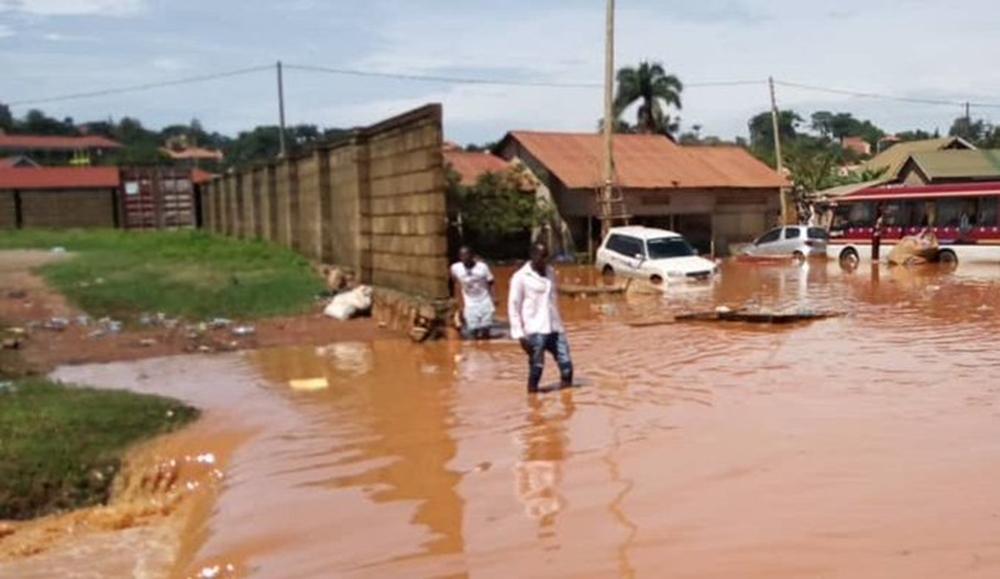Ugandada Sel Ve Heyelanda 2 Haftada 30 Kişi Öldü