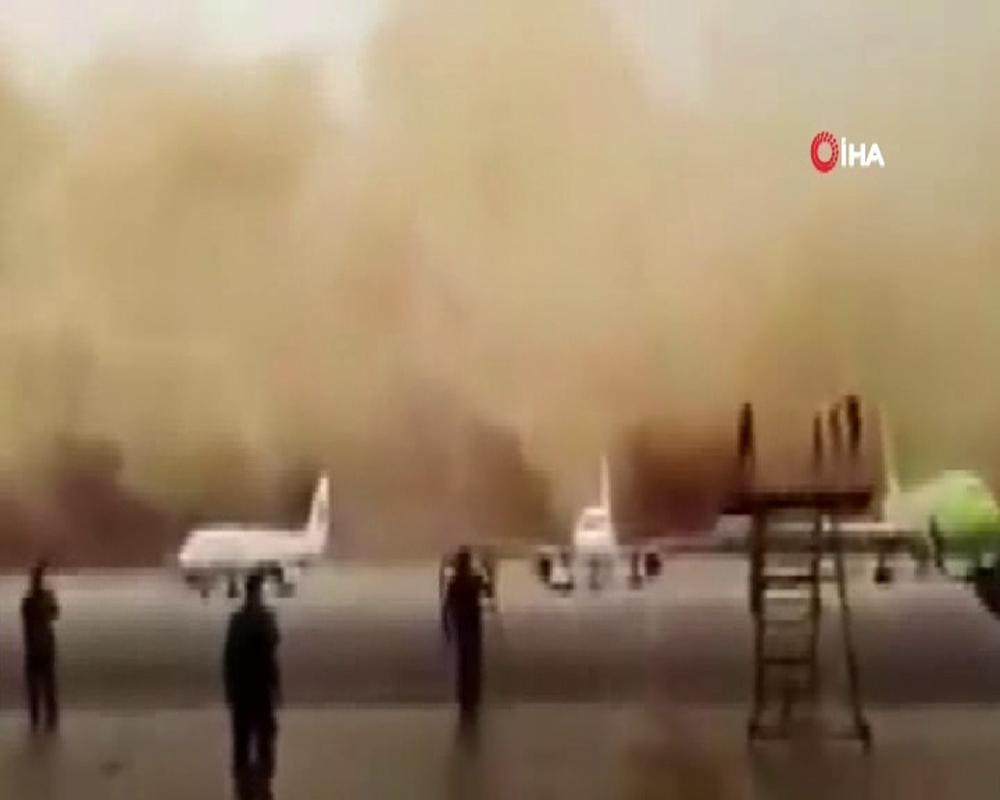 Ürdün'ü kum fırtınası vurdu