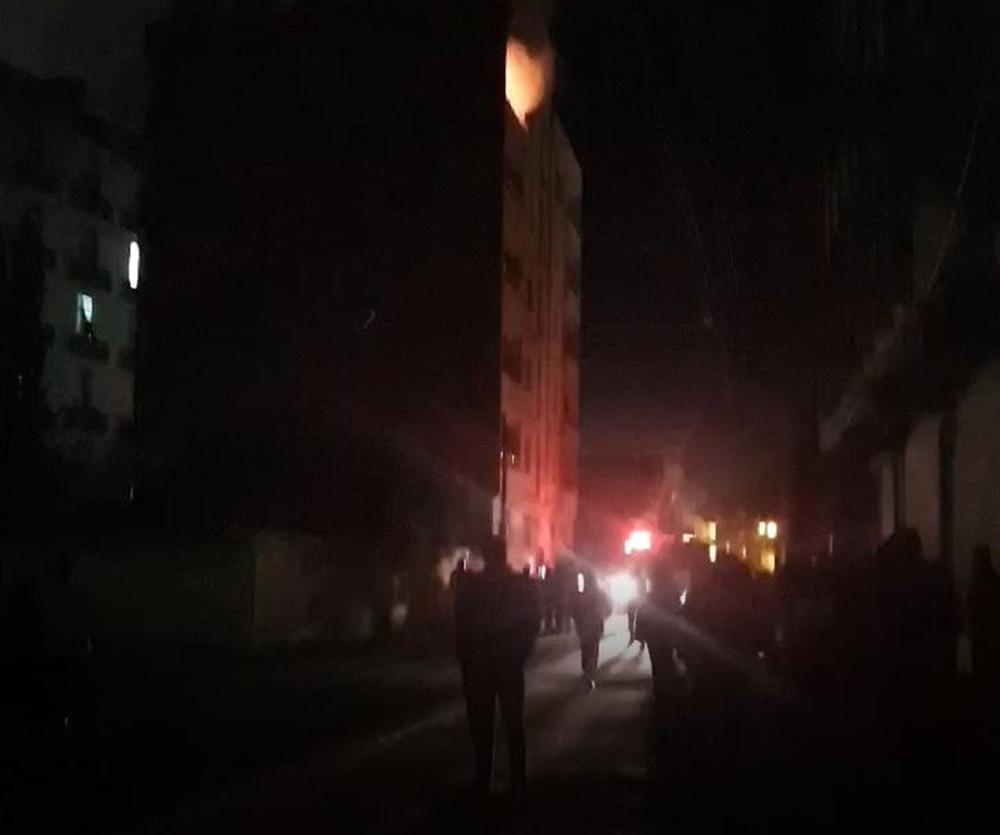 Uzman çavuş ile oğlunun hayatını kaybettiği yangın kameraya yansıdı