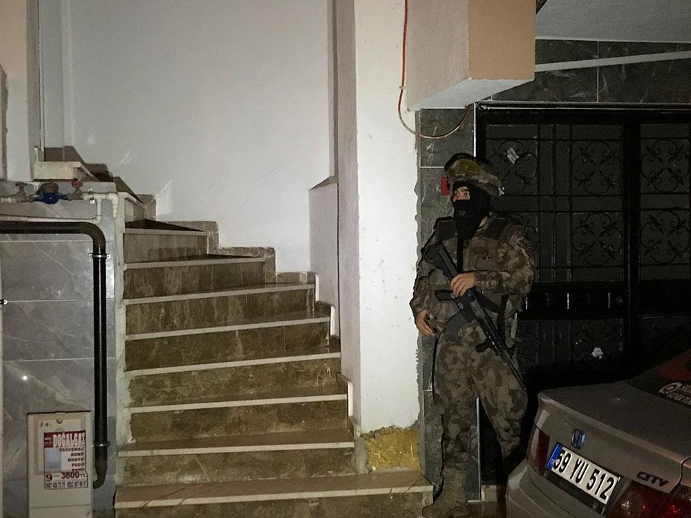 Vezneciler'deki bombalı saldırısı ile bağlantılı şahıslar yakalandı