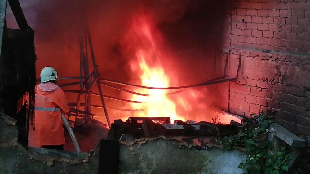 Zonguldakta Mobilya Atölyesinden Büyük Yangın
